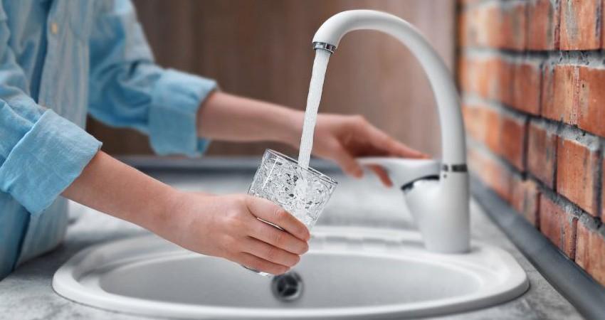 Что будет со здоровьем, если пить воду из-под крана?