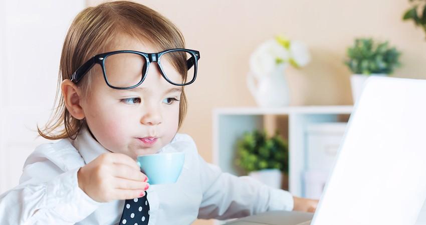 Детская доза: сколько кофе можно употреблять детям
