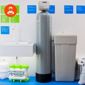 Регулярный сервис фильтров (компактного или классического) ВКЛЮЧАЯ замену основных фильтрующих картриджей для питьевой воды